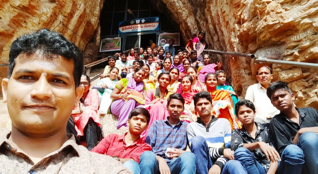 Gandikota Belum Caves and Yaganti On a school tour